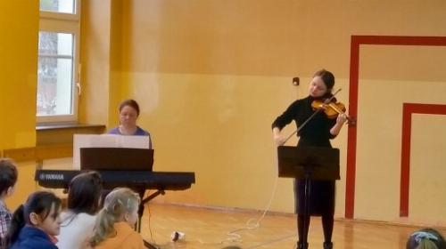 Obrazek galerii spotkanie z muzyka