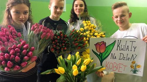 Obrazek galerii Dzień kobiet - wolontariat